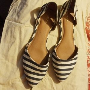 Shoes size 12W